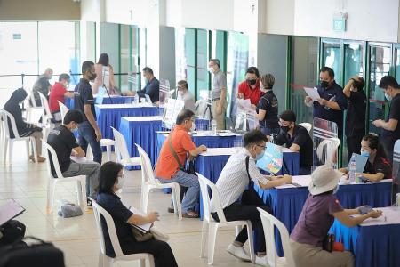 Singaporeans get help at Nee Soon job fair