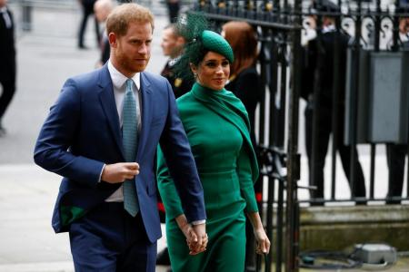 Prince Harry, wife Meghan sign sprawling Netflix deal