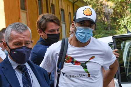 Luis Suarez's Italian exam for passport was rigged: Prosecutor