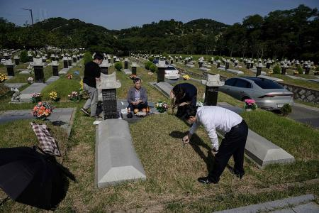 South Korea's infections soar just as Chuseok holidays begin