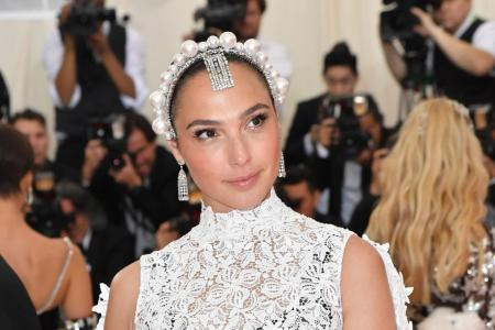 Gal Gadot 'whitewashing' row sparks Cleopatra history debate