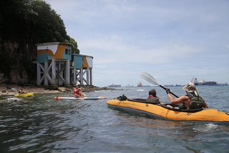 Walking, cycling and kayaking tours allowed for groups of up to 20