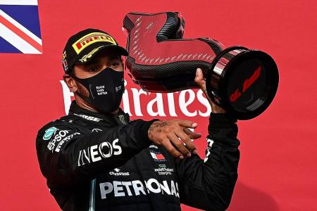 Mercedes driver Lewis Hamilton closing in on 7th world title