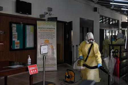 Two of three mosques closed for cleaning to reopen