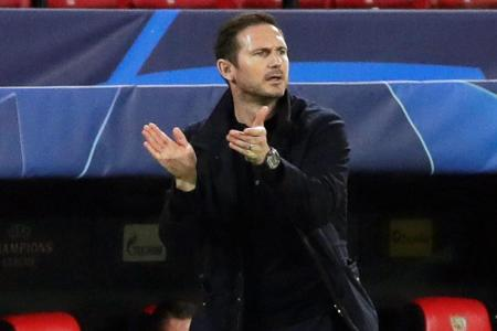 Four-goal Olivier Giroud the ultimate professional: Lampard