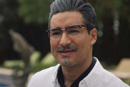 Mario Lopez Colonel Sanders KFC