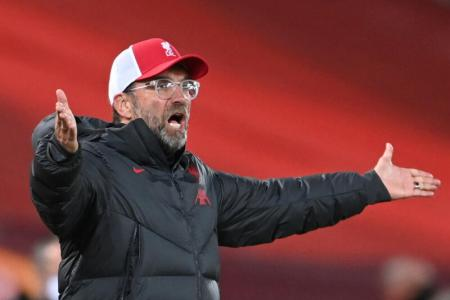 Klopp left perplexed by EPL clubs' snub against five subs