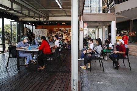 Thai seafood market outbreak passes 1,000 cases