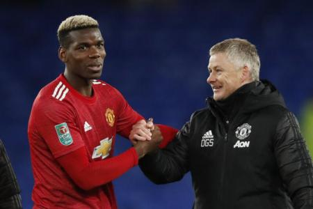 Manchester United look to build on momentum at Leicester
