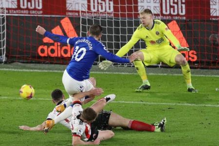 Everton move up to second after 1-0 win over Sheffield United