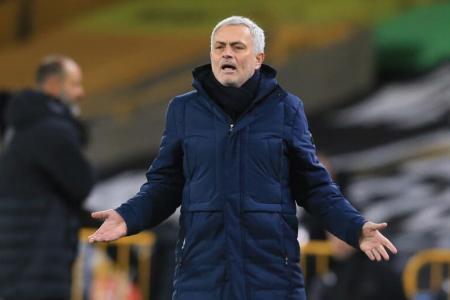 Mourinho urges EPL not to postpone Spurs' games