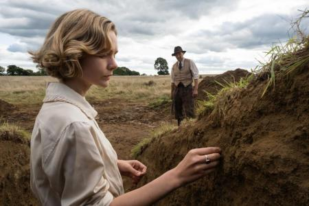 Fiennes, Mulligan unearth treasures in Netflix film The Dig