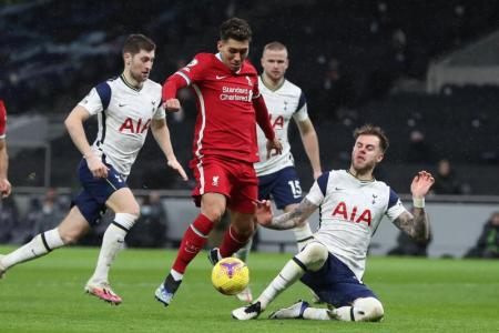 Liverpool back to winning ways with 3-1 victory over Spurs