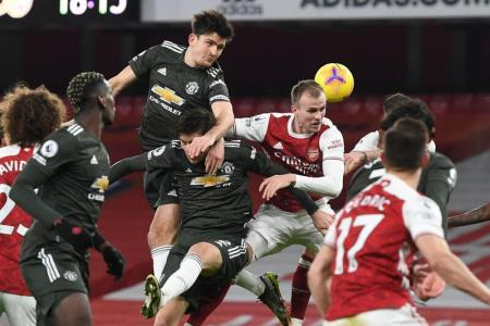 Manchester United held in stalemate at Arsenal