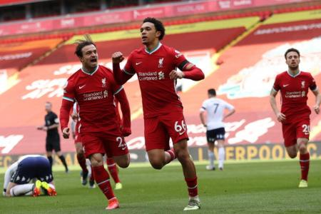 Alexander-Arnold's late strike earns Liverpool 2-1 win over Villa