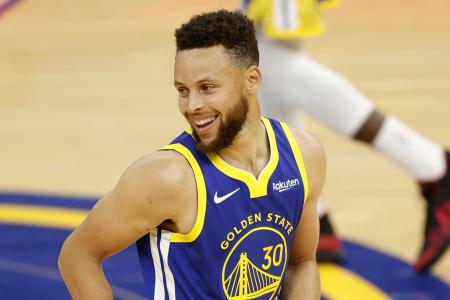 Stephen Curry hits 53 points to earn Warriors' all-time scoring record
