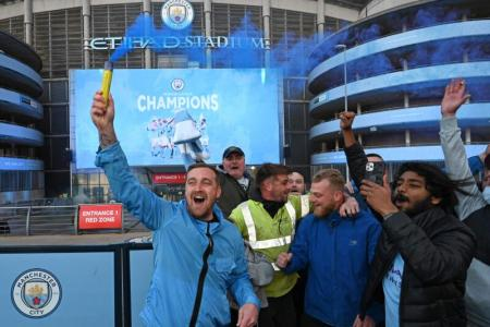 Man City crowned EPL champions after Man United's loss to Leicester
