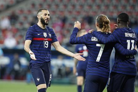 Wenger picks France as 'super favourites' for Euros