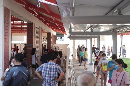 Long lines at Bukit Merah block as residents get swabbed