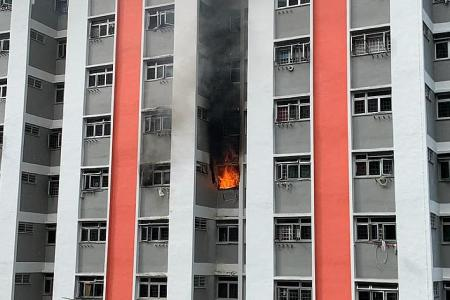 130 people evacuated, seven taken to hospital after AMK flat fire