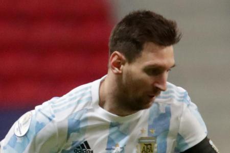 Copa America: Lionel Messi shines as Argentina book q-final spot