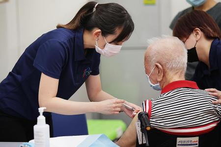 Government urges seniors to get vaccinated ahead of further reopening