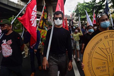 Thai democracy protesters rally despite Covid-19 warnings