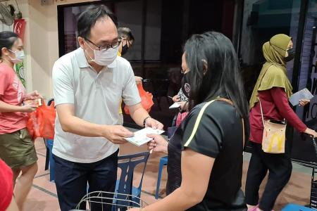 Bukit Panjang retailers donate food to the needy under Give-Gift initiative