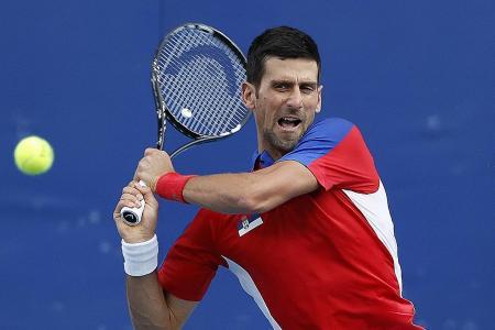 Djokovic cruises into the last 16