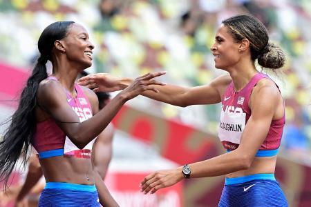 McLaughlin hails Muhammad after breaking 400m hurdles record