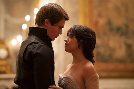 Movie review: Cinderella