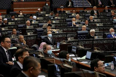 Malaysian MPs agree not to dissolve Parliament before end-July 2022