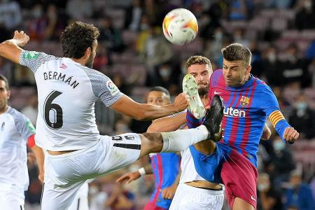 Koeman defends direct style, with Pique as makeshift striker