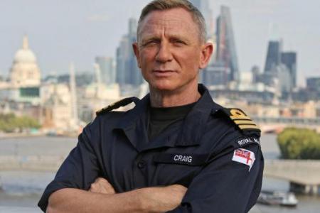 Royal Navy makes Daniel Craig honorary commander