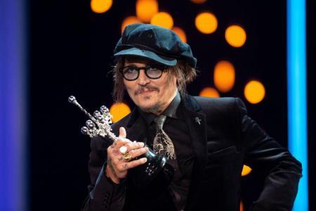 Depp decries 'cancel culture' before receiving film prize