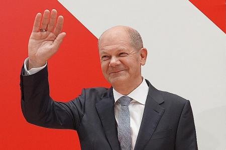 Germany's Social Democrats seek pact to replace Merkel-led coalition