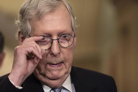 US Senate Democrats, Republicans reach temporary deal to avert crisis