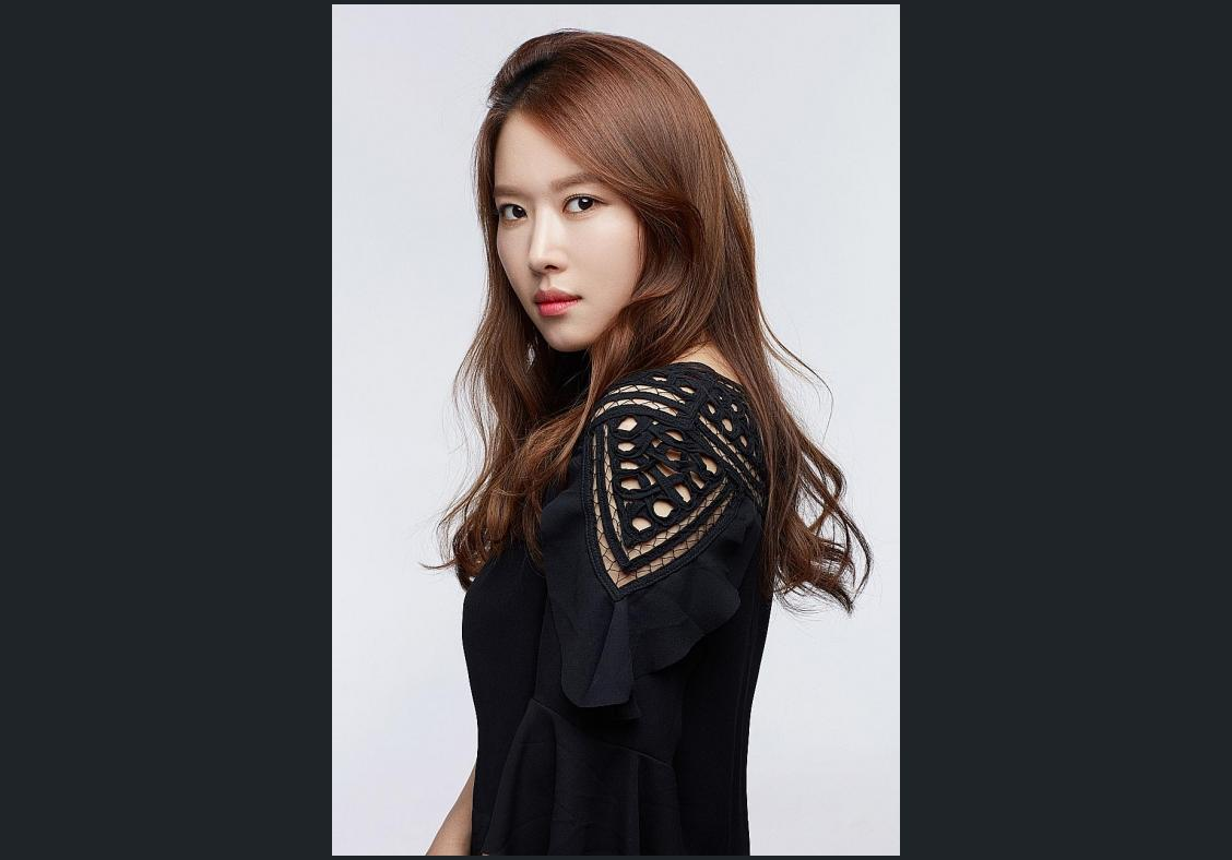 Workshop by K-pop make-up artist
