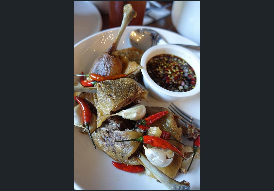Makansutra: Enjoy multiple Filipino flavours at 25 Seeds