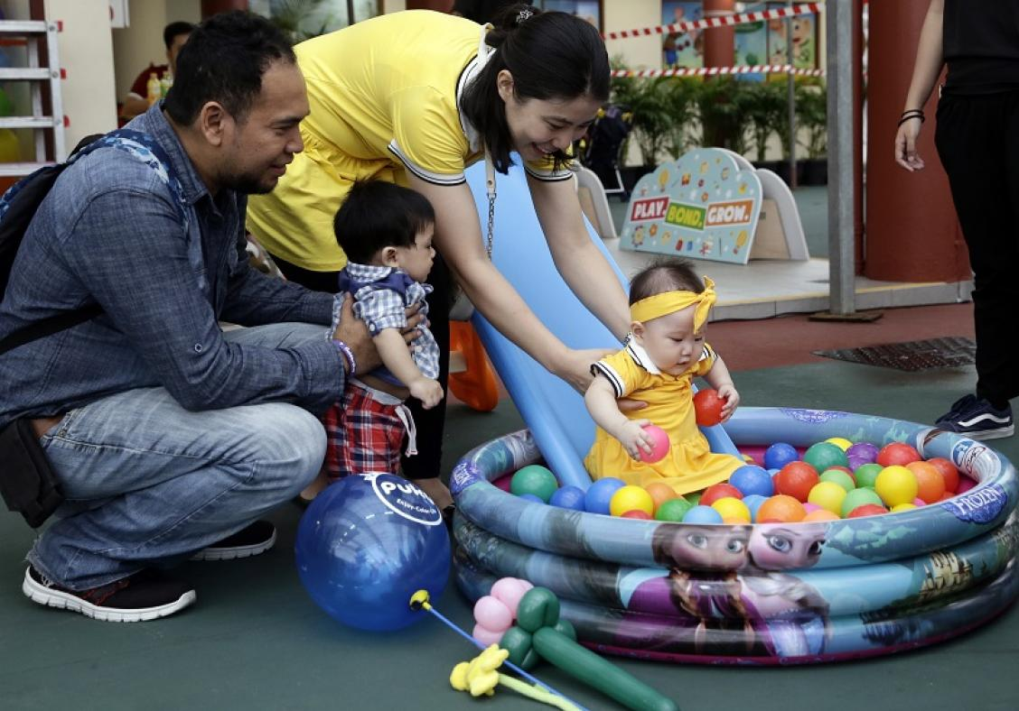 Community initiative celebrates parenthood with fun family activities and exclusive freebies