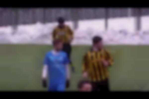 ''Hello!'' Ridiculous Ukrainian footballer answers his Mobile Phone during a football match!