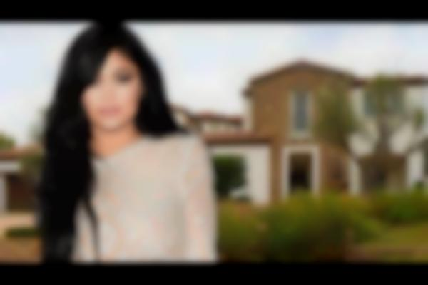 Kylie Jenner -- See Ya Mom, I Just Bought a $2.7 Mil House!   TMZ