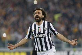 Andrea Pirlo has signed a new contract with Italian champions Juventus.
