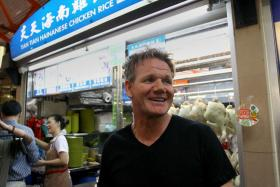 Celebrity chef Gordon Ramsay is in talks about opening a restaurant in Singapore.
