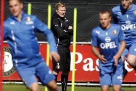 Southampton have chosen Dutchman Ronald Koeman to be their new manager.