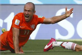 Internet memes have been targeting Arjen Robben after the Dutchman was accused of diving against Mexico.