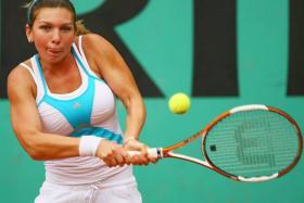 Smaller boobs, better tennis career?
