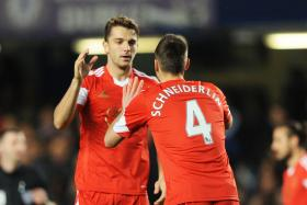 Southampton duo Jay Rodriguez and Morgan Schneiderlin are said to be closing in on a move to Spurs.