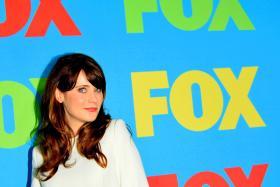 US actress Zooey Deschanel and screenwriter Jamie Linden split last month.