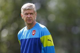 Arsene Wenger wants Arsenal to beat Besiktas and progress to the Champions League group stage at all costs.
